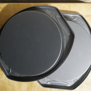"""2 cake pans 9"""" made in USA VGUC"""